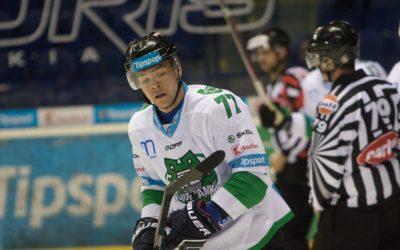 Zmluvu na novú sezónu predĺžil Patrik Rogoň